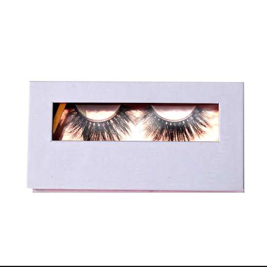 white mink lashes packaging with window